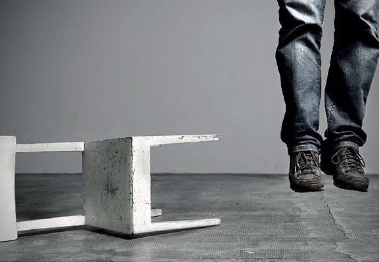 Suicide behavior in social circles increases risk for Kenyan men